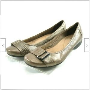 Clarks Collection Women's Flats Shoes Sz 8 Leather